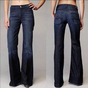 7FAM Ginger Flare Leg Jeans Size 28